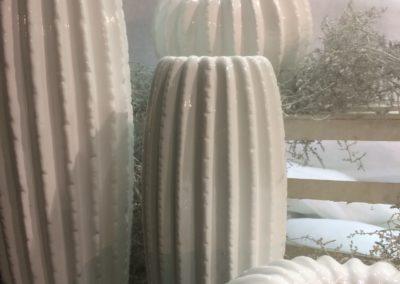white-christmas-vase-cactus-6