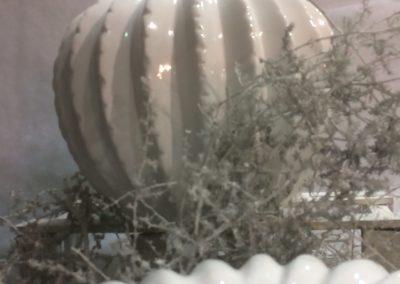 white-christmas-vase-cactus-round